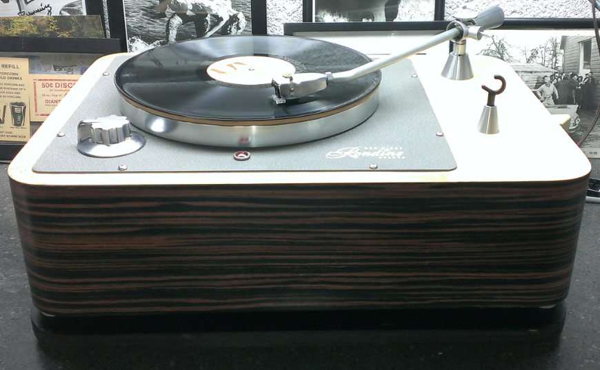 What's your Turntable? 09ed0b4523b0227499f1053d8cafaf26