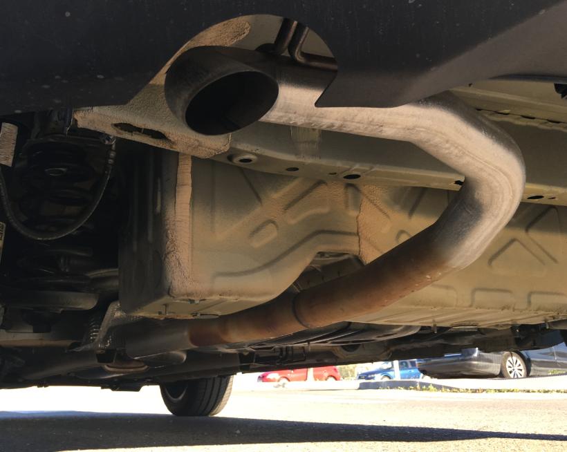 Tubo de escape - Manchas corrosion 151dabadb2ace970a4776eb900972d09