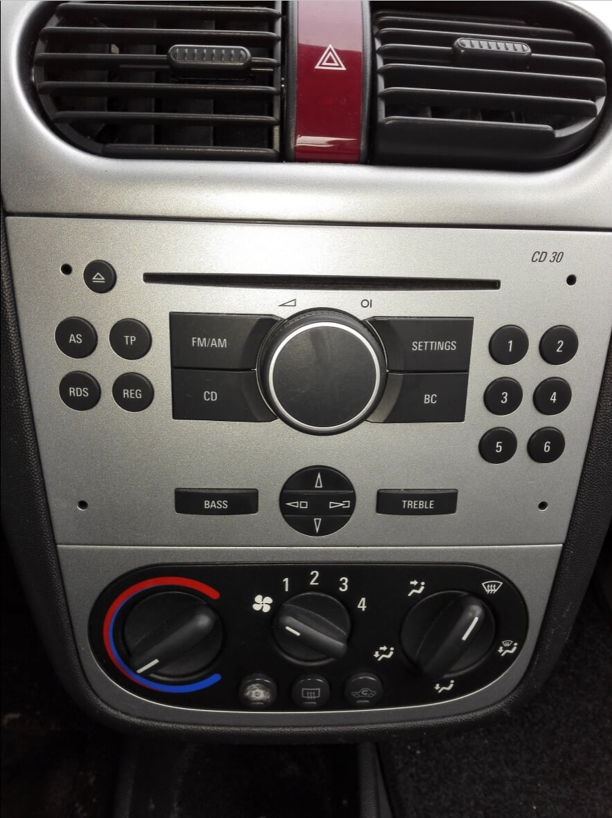bluetooth adapter in auto  laten  bouwen - audio en hifi