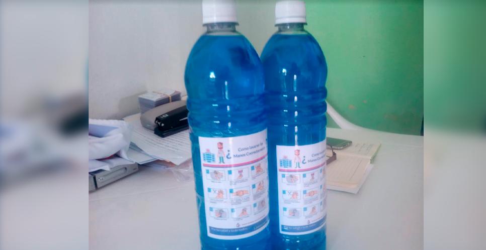 Distribuyen  jabón líquido a familias de Madriz