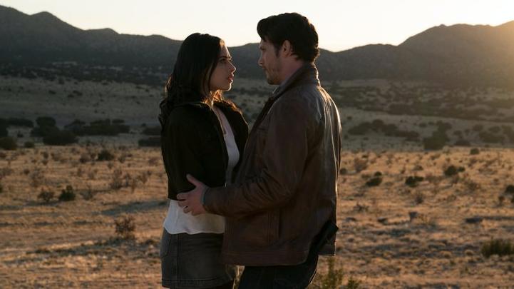 Roswell, New Mexico: Sezonul 1 Episodul 1 Online Subtitrat