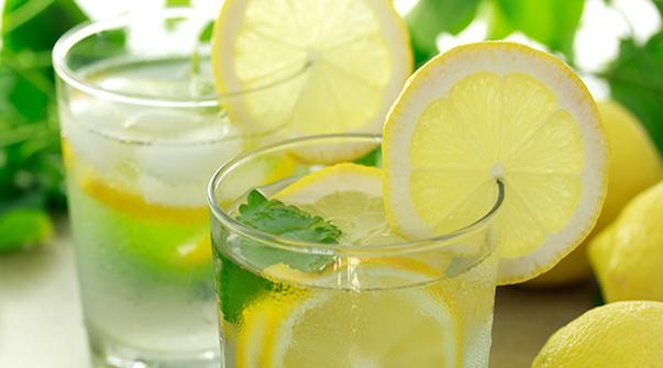 anti cancer food lemon water