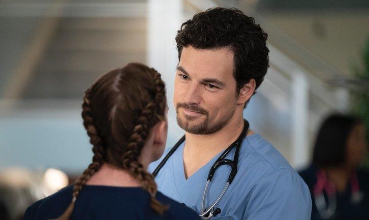 Grey's Anatomy: Sezonul 15 Episodul 9 Online Subtitrat