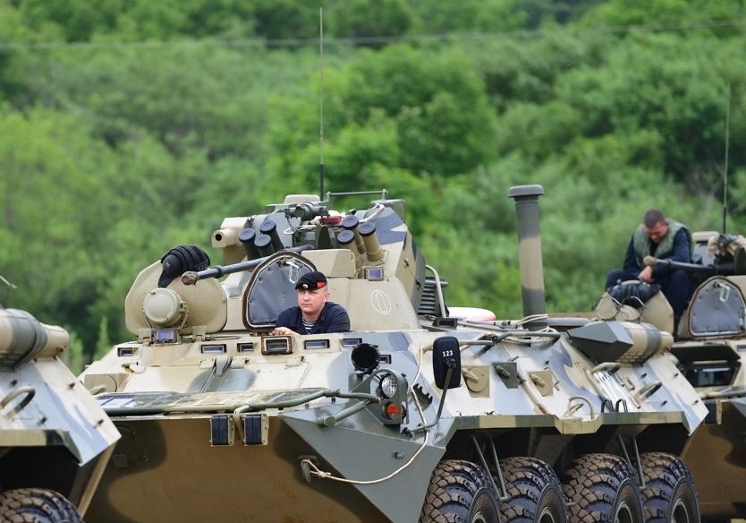 BTR-80/82A and variants: News - Page 10 F6f7161923ac22ae0cde54afff97ce5d