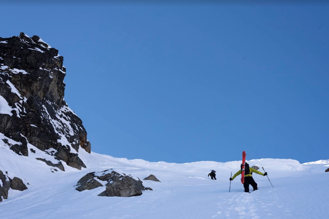 Here I am going up to zee top of the montagnes. Pat Valade Photo
